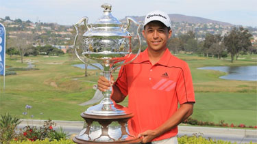 San Diego State junior Xander Schauffele with his<br>California State Amateur trophy (SCGA photo)