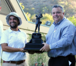 Winner Ryan Miranda (left) with<Br>Tournament Chairman Rick Dinger