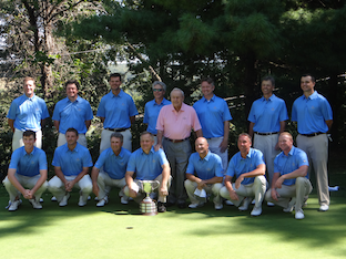 The victorious WPGA amateurs<br>with Arnold Palmer middle (WPGA)