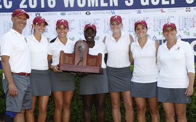 Alabama with SEC title trophy <br>(University of Alabama Photo)</br>