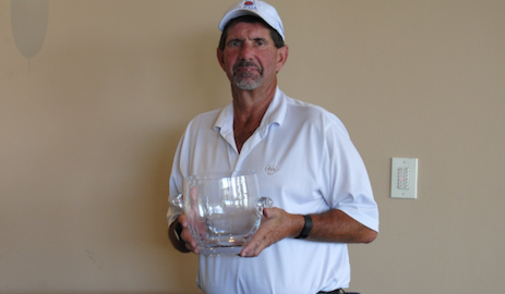 Steve Wilson with U.S. Senior Challenge trophy <br>(U.S. SR Challenge Photo)</br>