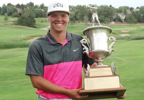 Nathaniel Goddard with Colorado Match Play trophy <br>(CGA Photo)</br>