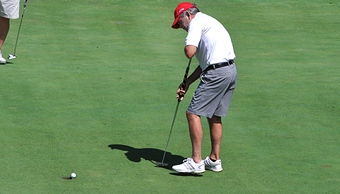 Chris Lange putts at the Brewer Cup <br>(GAP Photo)</br>