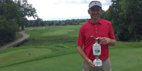 Bill Williamson with his second consecutive Cincinnati Mid-Amateur trophy <br>(GCGA Photo)</br>