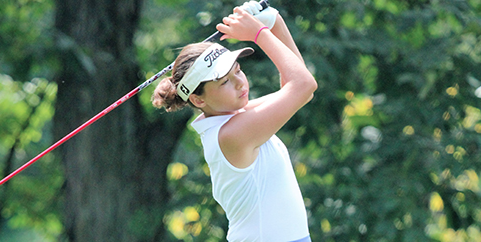 Alexa Pano at the PDQ/Philadelphia Runner Junior <br>(AJGA Photo)