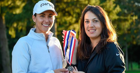 Shannon Johnson (L) with Julia Potter <br>(USGA Photo)