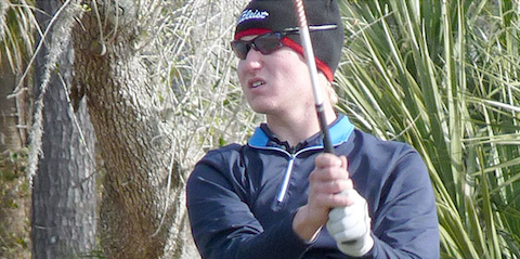 Tyler Gray battles the cold <br>(SCJGA Photo)