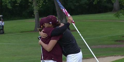 Monica Vaughn embraces Coach Missy Farr-Kaye after her winning putt