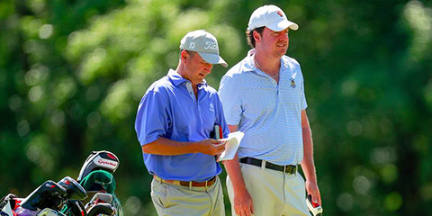 Nathan Smith (right) and Todd White, the 2015 champions,<br>needed a birdie from Smith on 18 to earn a 1-up victory.<br>(USGA/Chris Keane photo)