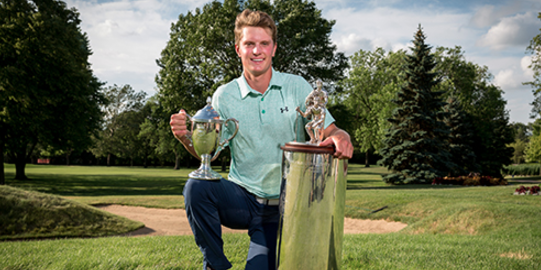 Willam Mouw poses after winning the Western Junior <br>(Western Golf Association Photo)