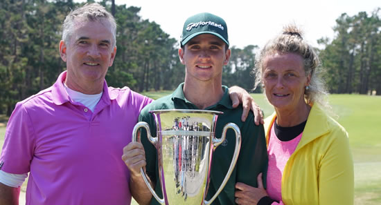 Family Affair: Daniel Connolly (c) with his parents Martin and Mary