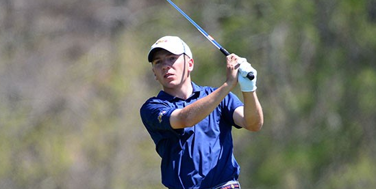 Aaron Fricke is part of first round lead <br>(Drexel Athletics Photo)