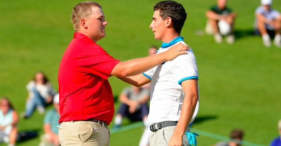 Braden Thornberry (left) is congratulated by Joaquin Niemann<br>on the 18th green at Riviera CC (JD Cuban, USGA)