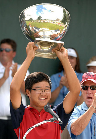 Jim Liu with the U.S. Junior Trophy