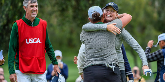 Katrina Prendergast (facing) and Ellen Secor celebrate their win (USGA photo)