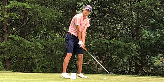 Poole Wedges His Way into the Dogwood Invitational Lead