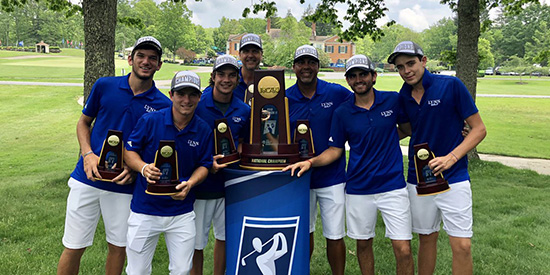 Lynn's national-title team (Lynn Athletics/Twitter photo)