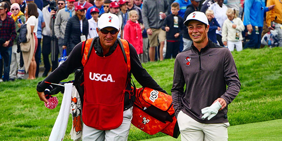 Viktor Hovland (right) with caddie Alan Bratton (AGC photo)