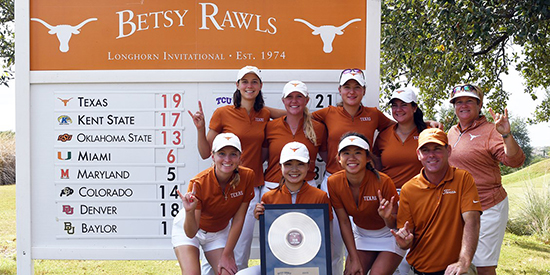 The winning Texas team (Texas Athletics photo)