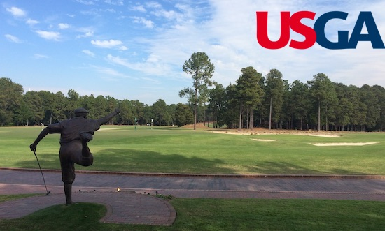 The iconic statue of Payne Stewart looks out at Pinehurst No. 2